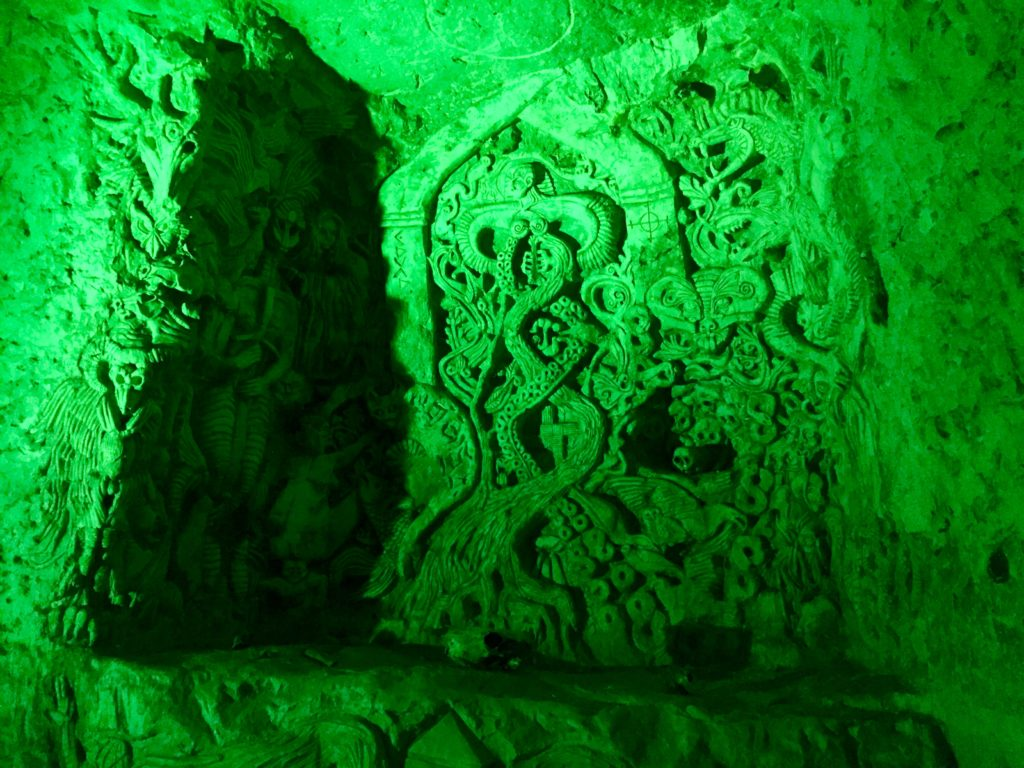 Chislehurst Caves carving